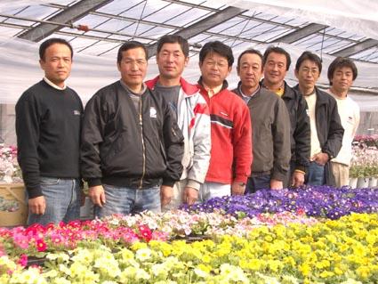 矢祭鉢物研究所のメンバー